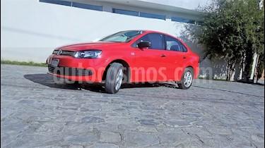 Foto venta Auto Seminuevo Volkswagen Vento Active (2014) color Rojo precio $149,900