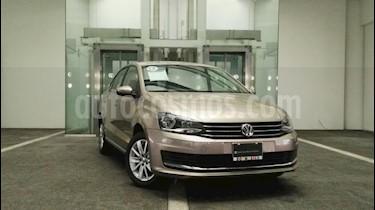 Foto venta Auto Usado Volkswagen Vento Comfortline Aut (2017) color Beige precio $200,000