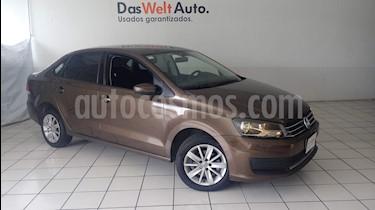 Foto venta Auto Seminuevo Volkswagen Vento Comfortline Aut (2016) color Marron precio $174,900