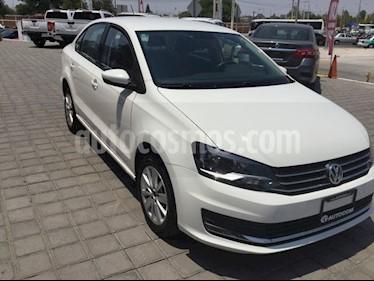 Foto venta Auto Seminuevo Volkswagen Vento Comfortline (2017) color Blanco Candy precio $193,000