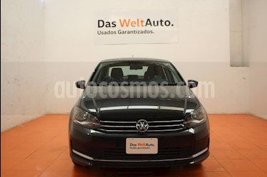 Foto venta Auto Seminuevo Volkswagen Vento Comfortline (2018) color Gris Carbono precio $204,000
