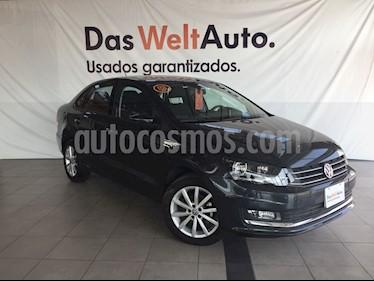 Foto venta Auto Seminuevo Volkswagen Vento Highline (2018) color Gris Carbono precio $225,000