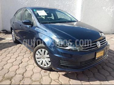 Foto venta Auto Seminuevo Volkswagen Vento Startline Aut (2016) color Azul precio $156,000