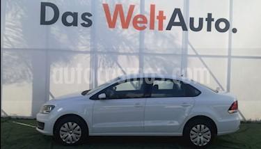 Foto venta Auto Seminuevo Volkswagen Vento Startline Aut (2017) color Blanco Candy precio $205,000