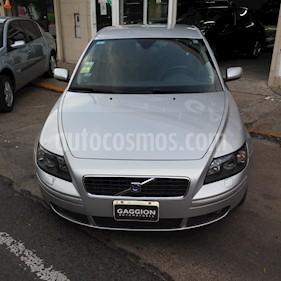 Foto venta Auto Usado Volvo S40 2.4i (2007) color Gris Plata