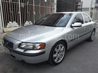 Foto venta Auto Seminuevo Volvo S60 2.3L T5 (2002) color Plata precio $56,000