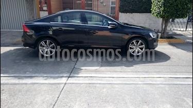 Foto venta Auto Seminuevo Volvo S60 T4 Addition Plus Aut (2014) color Negro Zafiro precio $220,000