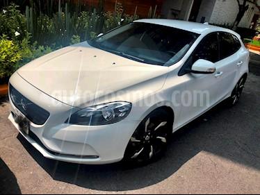 Foto venta Auto usado Volvo V40 First Edition T3 (2015) color Blanco Sueco precio $230,000