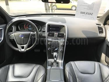foto Volvo XC60 3.0L T R-Design