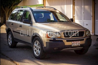 foto Volvo XC90 T6 Inscription AWD usado (2005) color Beige precio $94,000
