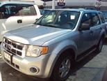 Foto venta Auto Seminuevo Ford Escape XLS (2010) color Plata precio $220,000