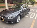 Foto venta Carro Usado BMW Serie 3 320i (2016) color Gris Aluminium precio $105.000.000