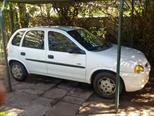 foto Chevrolet Corsa Hatchback 1.6 Swing