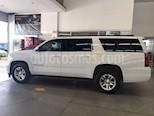 Foto venta Auto usado Chevrolet Suburban LT Tela (2015) color Blanco precio $549,000
