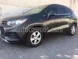 Foto venta Auto usado Chevrolet Trax LT (2017) color Gris precio $250,000