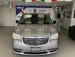 Foto venta Auto Seminuevo Chrysler Town and Country Li 3.6L (2016) color Plata precio $289,900