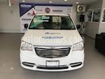 Foto venta Auto Seminuevo Chrysler Town and Country Li 3.6L (2016) color Blanco Nacarado precio $289,900