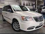 Foto venta Auto Seminuevo Chrysler Town and Country Limited 3.6L (2011) color Blanco precio $240,000
