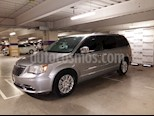 Foto venta Auto Seminuevo Chrysler Town and Country Limited 3.6L (2014) color Plata Martillado precio $285,000