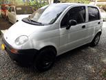 Foto venta Carro Usado Daewoo Matiz SE (2001) color Blanco precio $9.000.000