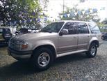 Foto venta Carro Usado Ford Explorer XLT 4 Ptas.Sinc. (1997) color Plata precio $15.800.000