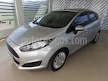 Foto venta Auto Usado Ford Fiesta Kinetic S (2015) color Plata Estelar