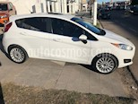 Foto venta Auto Usado Ford Fiesta Kinetic Titanium (2015) color Blanco Oxford