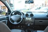 Foto venta Auto Usado Ford Fiesta Max Ambiente Plus (2010) color Negro precio $130.000