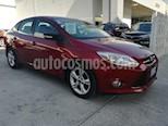 Foto venta Auto Seminuevo Ford Focus SE 4-ptas AT (2014) color Rojo precio $156,000