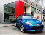 Foto venta Auto Seminuevo Ford Focus Titanium (2013) color Azul Brillante precio $185,001