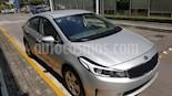 Foto venta Auto Seminuevo Kia Forte EX Aut (2017) color Plata precio $220,000