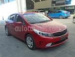 Foto venta Auto Seminuevo Kia Forte LX (2017) color Rojo precio $195,000