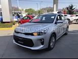 Foto venta Auto Usado Kia Rio Hatchback EX (2018) color Plata precio $270,000