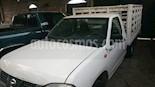 Foto venta Auto Seminuevo Nissan NP300 2.4L Estacas Dh (2009) color Blanco precio $122,000