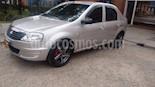 Foto venta Carro Usado Renault Logan 1.4L Familier (2011) color Gris Perla precio $18.300.000
