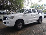 Foto venta Carro usado Toyota Hilux 2.5L 4x4 DC Diesel  (2013) color Blanco precio $75.000.000