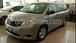 Foto venta Auto Seminuevo Toyota Sienna CE 3.3L (2014) color Plata precio $310,000