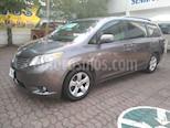 Foto venta Auto Usado Toyota Sienna XLE 3.3L (2013) color Arena Dorada precio $278,000
