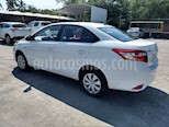 Foto venta Auto Seminuevo Toyota Yaris Sedan Core Aut (2017) color Blanco precio $214,000