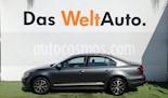 Foto venta Auto Seminuevo Volkswagen Jetta Fest (2017) color Gris Platino precio $258,000