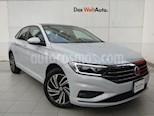 Foto venta Auto Seminuevo Volkswagen Jetta Highline Tiptronic (2019) color Blanco precio $398,000