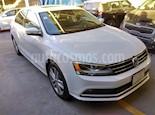 Foto venta Auto Seminuevo Volkswagen Jetta Sportline Tiptronic (2016) color Blanco precio $240,000