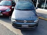 Foto venta Auto Usado Volkswagen Suran 1.6 Trendline (2010) color Gris Titanio