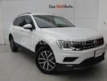 Foto venta Auto Seminuevo Volkswagen Tiguan Comfortline 7 Asientos Tela (2017) color Blanco precio $435,000