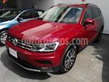Foto venta Auto Seminuevo Volkswagen Tiguan Comfortline (2018) color Rojo Tinto precio $418,000