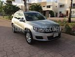Foto venta Auto Seminuevo Volkswagen Tiguan Sport & Style 1.4 (2014) color Plata Reflex precio $230,000
