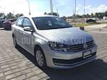 Foto venta Auto Seminuevo Volkswagen Vento Comfortline Aut (2017) color Plata Reflex precio $191,000