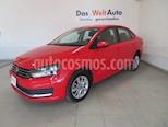 Foto venta Auto Seminuevo Volkswagen Vento Comfortline Aut (2017) color Rojo Flash precio $202,847
