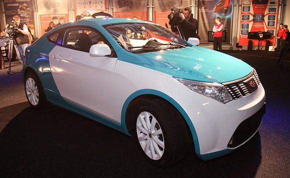 Los Primeros Autos Hibridos Hechos En Rusia Autocosmos Com