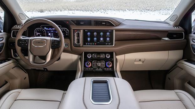GMC Yukon Denali 2021 - interior
